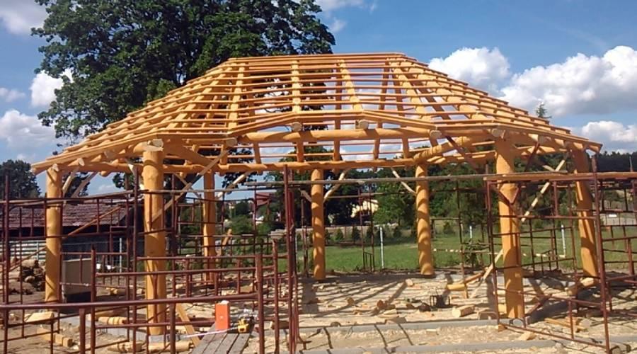 Dachy z trzciny konstrukcje drewniane